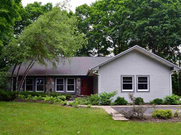 4 bed 3 bath Single Family at 5861 Charlies Run Harbor Springs, MI, 49740 is for sale at 350k - 1 of 24