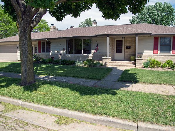 3 bed 1.5 bath Single Family at 1618 S Sanders St Appleton, WI, 54915 is for sale at 130k - 1 of 18
