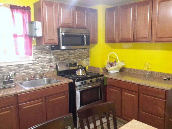 4 bed 2 bath Single Family at 1095 E 96th St Brooklyn, NY, 11236 is for sale at 400k - 1 of 10