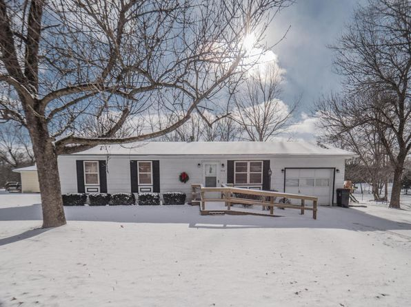 3 bed 1 bath Single Family at 824 TULEY RD MOBERLY, MO, 65270 is for sale at 70k - 1 of 31
