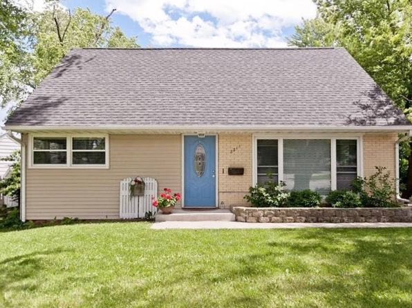 Cedar Rapids Ia For Sale By Owner Fsbo 64 Homes Zillow
