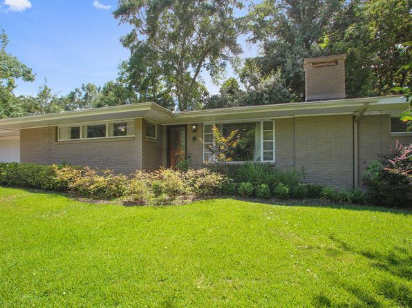 4 bed 3 bath Single Family at 6609 Shore Dr Ocean Springs, MS, 39564 is for sale at 220k - 1 of 20