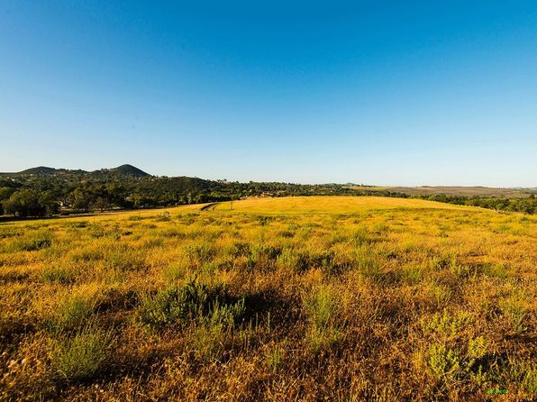 null bed null bath Vacant Land at 0 Circa De Cerro Valley Center, CA, 92082 is for sale at 390k - 1 of 5