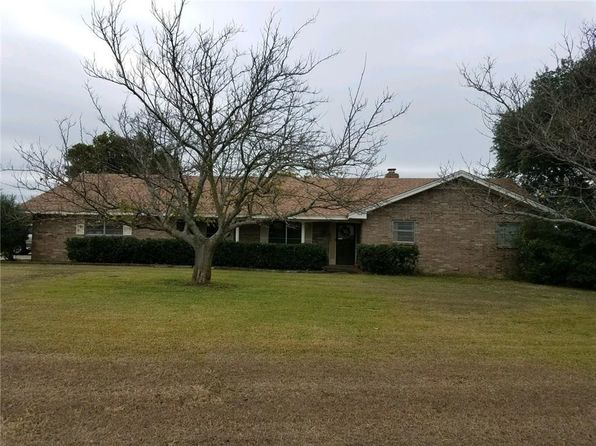 3 bed 3 bath Single Family at 3108 S Highway 171 Cleburne, TX, 76031 is for sale at 325k - 1 of 13