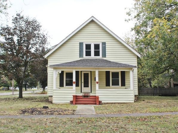 4 bed 2 bath Single Family at 121 W Franklin St Rockton, IL, 61072 is for sale at 100k - 1 of 17