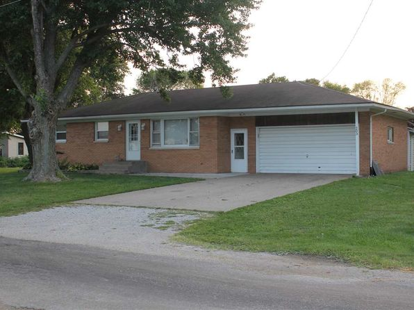 3 bed 2 bath Single Family at 203 Pine St Seaton, IL, 61476 is for sale at 67k - 1 of 16