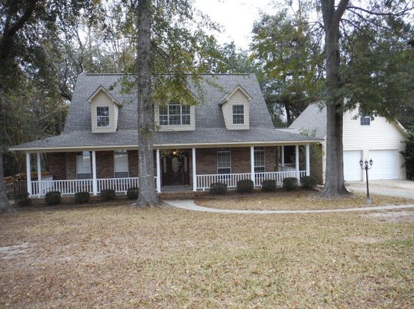 4 bed 3 bath Single Family at 65 Lakeshore Dr Laurel, MS, 39443 is for sale at 270k - 1 of 28