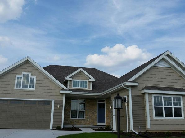 3 bed 2 bath Single Family at 7910 W Mourning Dove Ln Mequon, WI, 53092 is for sale at 540k - 1 of 19