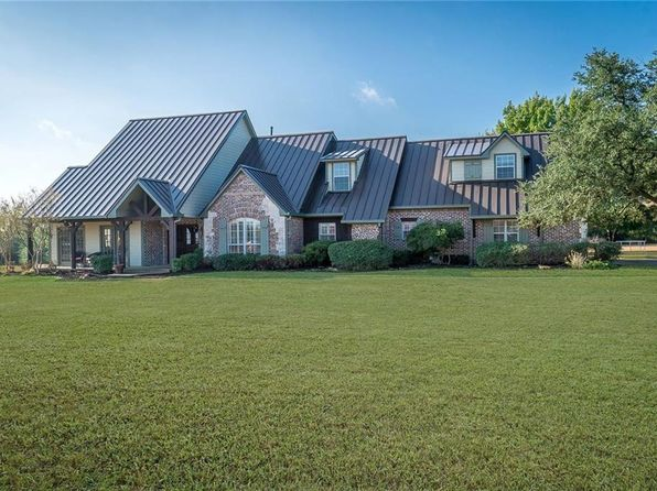 4 bed 4 bath Single Family at 146 Estelle Ln Lucas, TX, 75002 is for sale at 659k - 1 of 36