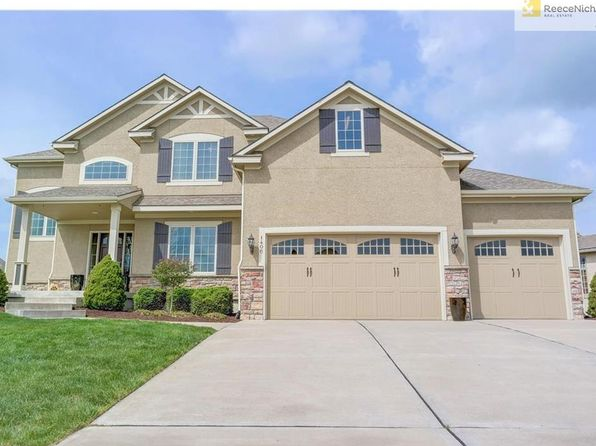 5 bed 5 bath Single Family at 1406 Young Cir Raymore, MO, 64083 is for sale at 450k - 1 of 25