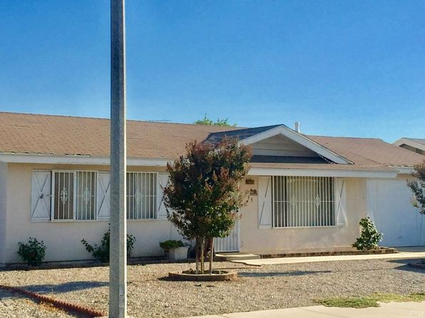 2 bed 1 bath Single Family at 555 Onyx Ave Hemet, CA, 92543 is for sale at 178k - 1 of 22