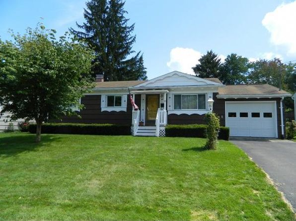 3 bed 1 bath Single Family at 15 Woodlawn Ave Owego, NY, 13827 is for sale at 110k - 1 of 24