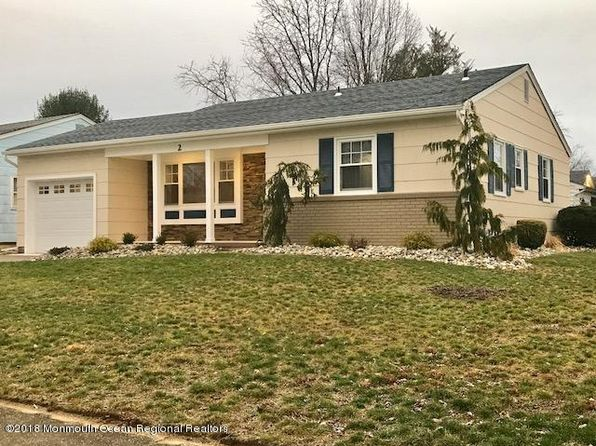 2 bed 1 bath Single Family at 2 Hatfield Rd Toms River, NJ, 08757 is for sale at 190k - 1 of 33