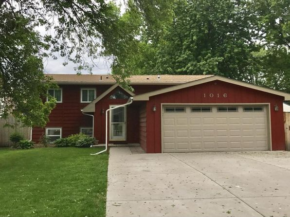 5 bed 2 bath Single Family at 1016 44 1/2 Ave NE Columbia Heights, MN, 55421 is for sale at 260k - 1 of 8