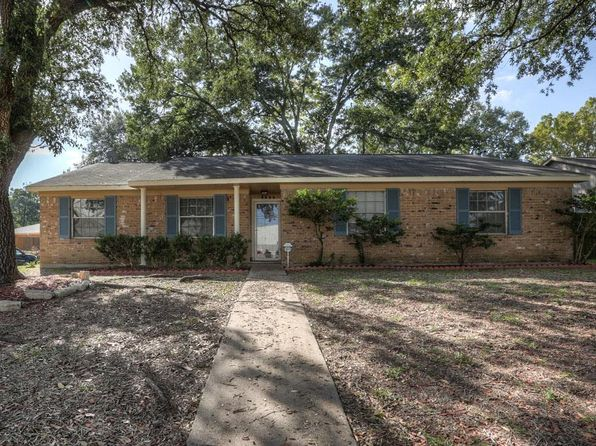 4 bed 2 bath Single Family at 8626 Braeburn Valley Dr Houston, TX, 77074 is for sale at 198k - 1 of 25