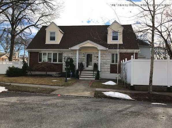3 bed 3 bath Multi Family at 156 8th St Staten Island, NY, 10306 is for sale at 798k - 1 of 3