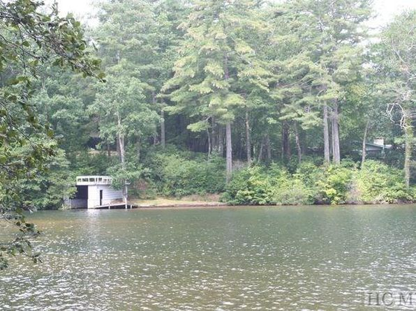 null bed null bath Vacant Land at A17 NE Shore Dr Lake Toxaway, NC, 28747 is for sale at 750k - 1 of 4