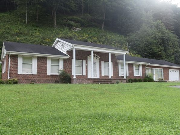 3 bed 2.5 bath Single Family at 50 Huffman St Elkhorn City, KY, 41522 is for sale at 200k - 1 of 17