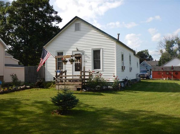 2 bed 1 bath Single Family at 402 Michigan Ave Gladstone, MI, 49837 is for sale at 45k - 1 of 15
