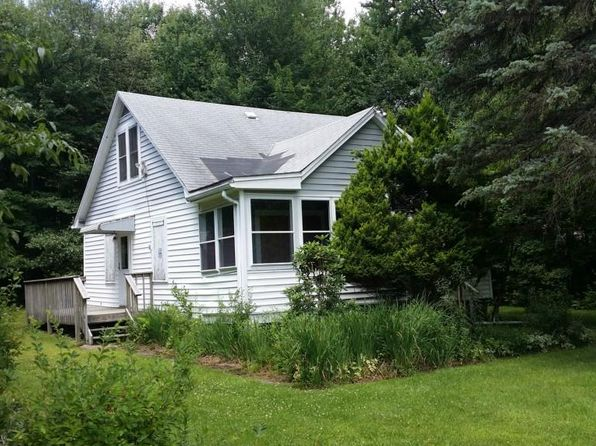 2 bed 1 bath Single Family at 8 Court Ln Monticello, NY, 12701 is for sale at 30k - 1 of 8