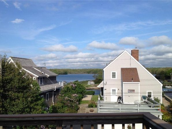 3 bed 2 bath Single Family at 68 Oak Hill Rd Narragansett, RI, 02882 is for sale at 499k - 1 of 33
