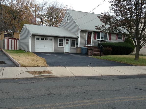 3 bed 2 bath Single Family at 297 E 54th St Elmwood Park, NJ, 07407 is for sale at 360k - 1 of 2