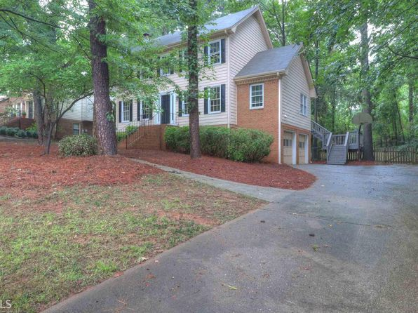 3 bed 3 bath Single Family at 2896 Highland Park Dr Stone Mountain, GA, 30087 is for sale at 182k - 1 of 23