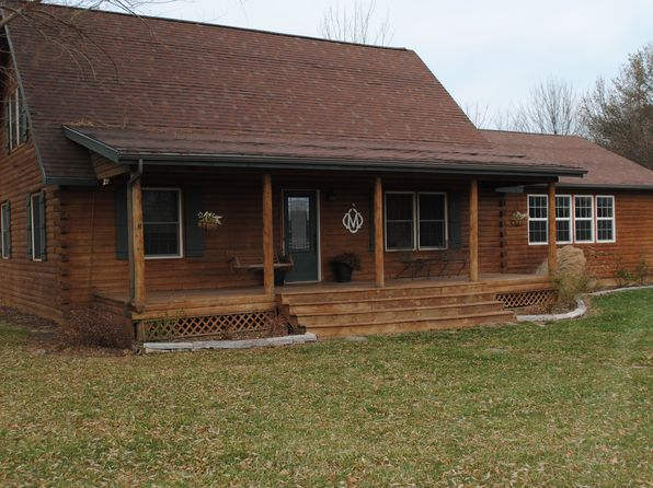 3 bed 3 bath Single Family at 2 Twin Cabin Ln Monticello, IL, 61856 is for sale at 240k - 1 of 33