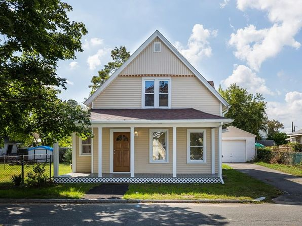 3 bed 1 bath Single Family at 74 Gresham St Springfield, MA, 01119 is for sale at 150k - 1 of 25