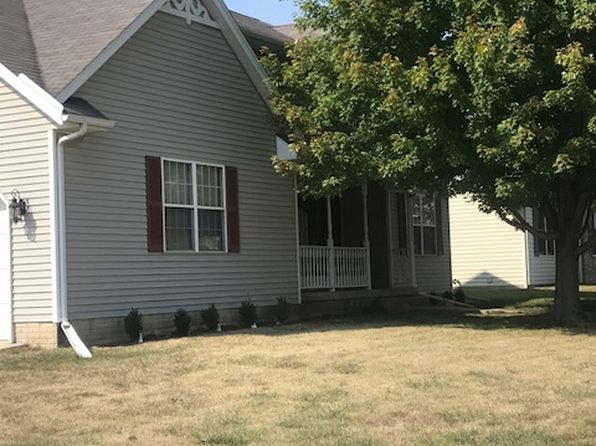 4 bed 3 bath Single Family at 614 Conor Ct Blue Grass, IA, 52726 is for sale at 265k - 1 of 18