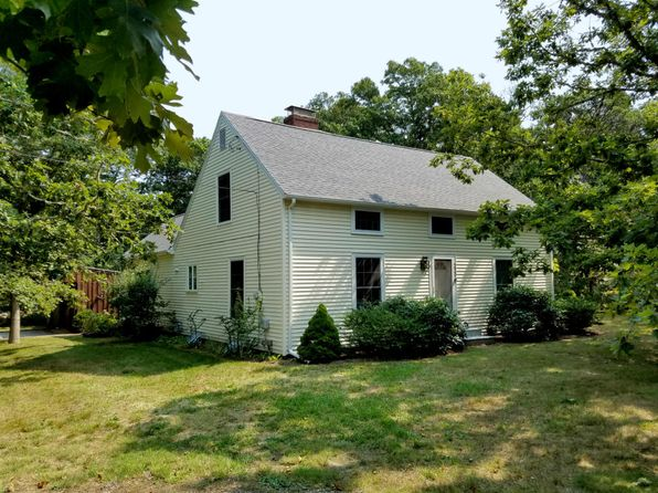3 bed 3 bath Single Family at 220 AQUINNAH RD EASTHAM, MA, 02642 is for sale at 550k - 1 of 35