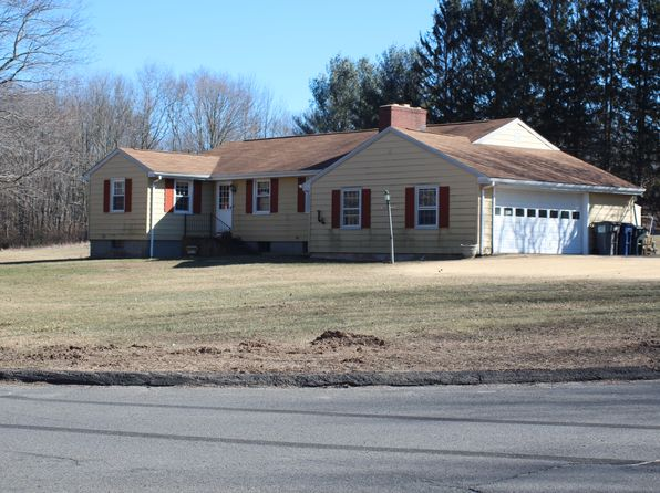 2 bed 2 bath Single Family at 269 Kissawaug Rd Middlebury, CT, 06762 is for sale at 242k - 1 of 17