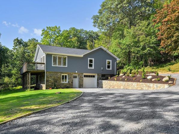 3 bed 2 bath Single Family at 69 Barrett Hill Rd Mahopac, NY, 10541 is for sale at 399k - 1 of 24