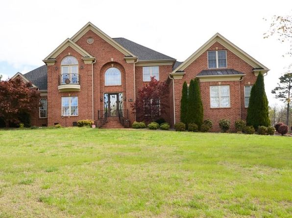 4 bed 4 bath Single Family at 8102 Brittains Field Rd Oak Ridge, NC, 27310 is for sale at 500k - 1 of 27