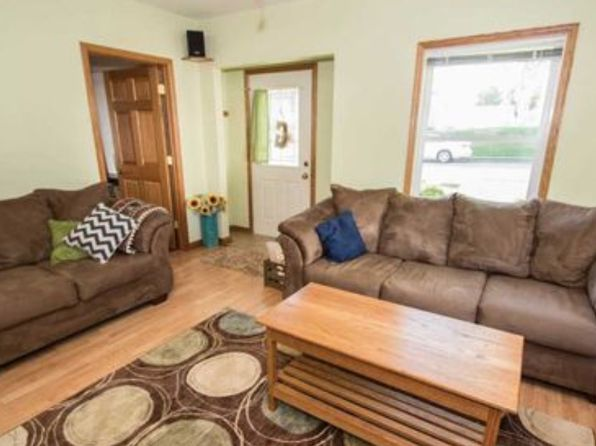 3 bed 1 bath Single Family at 1521 W 36th St Davenport, IA, 52806 is for sale at 120k - 1 of 17
