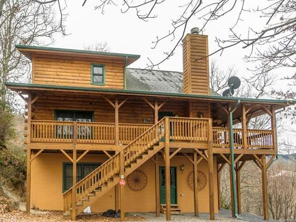 3 bed 2 bath Single Family at 140 Picnic Gap Rd Maggie Valley, NC, 28751 is for sale at 299k - 1 of 31