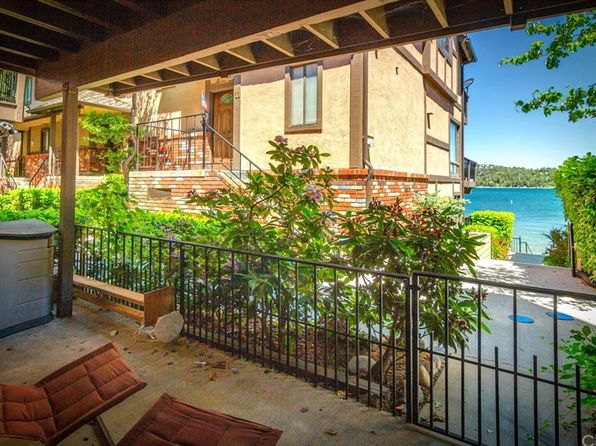 4 bed 3 bath Townhouse at 184 State Highway 173 Lake Arrowhead, CA, 92352 is for sale at 639k - 1 of 40