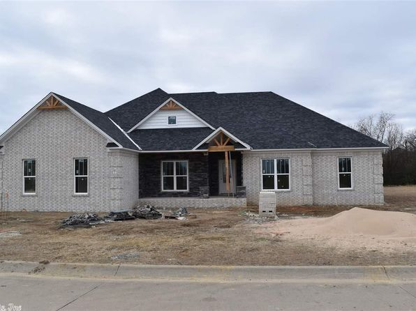 4 bed 2 bath Single Family at 17 Duncan Ln Vilonia, AR, 72173 is for sale at 249k - 1 of 26