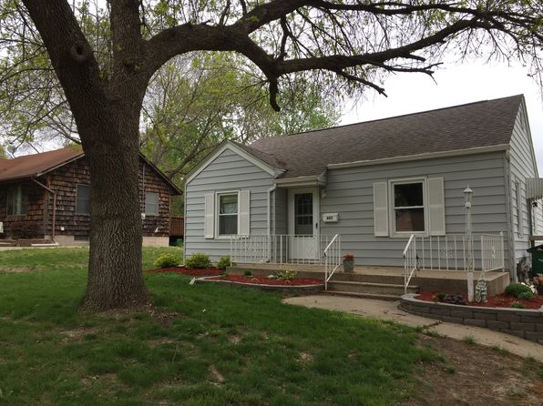 4 bed 2 bath Single Family at 605 11th St West Des Moines, IA, 50265 is for sale at 175k - 1 of 35