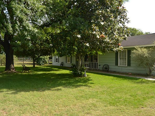 3 bed 2 bath Single Family at 21994 Fm 1887 Rd Hempstead, TX, 77445 is for sale at 279k - 1 of 29