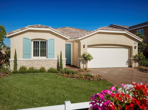 4 bed 2 bath Single Family at 26585 Emperor Rd Menifee, CA, 92585 is for sale at 386k - 1 of 5