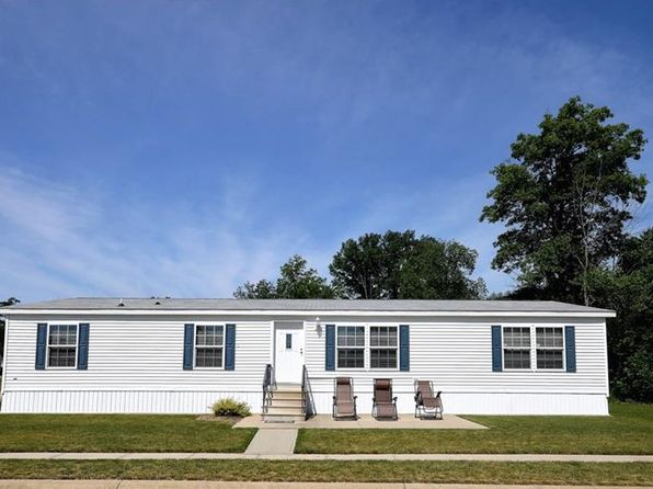3 bed 2 bath Single Family at 13 Walnut Trl Olmsted Twp, OH, 44138 is for sale at 75k - 1 of 28