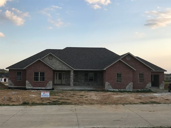 5 bed 4 bath Single Family at 975 Touchdown Dr Cape Girardeau, MO, 63701 is for sale at 490k - google static map