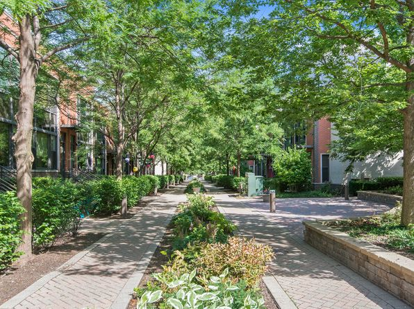 3 bed 3 bath Condo at 911 N Howe St Chicago, IL, 60610 is for sale at 598k - 1 of 13