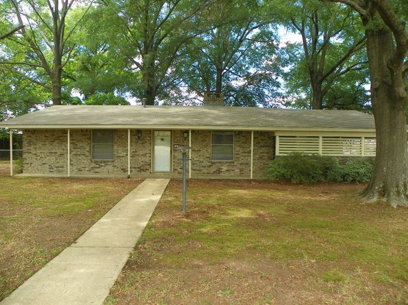 3 bed 2 bath Single Family at 100 VATRA ST MOUNT VERNON, TX, 75457 is for sale at 110k - 1 of 15