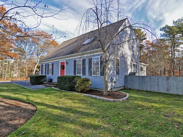 2 bed 2 bath Single Family at 47 Fox Hill Rd Mashpee, MA, 02649 is for sale at 348k - 1 of 32