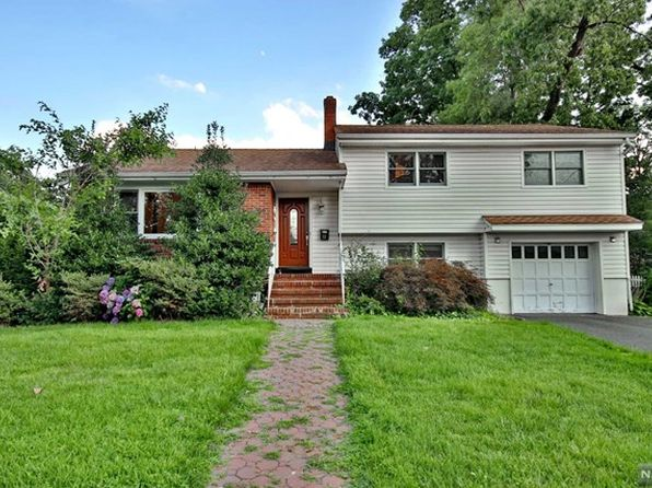 3 bed 3 bath Single Family at 23 Van Saun Pl Fair Lawn, NJ, 07410 is for sale at 599k - 1 of 25