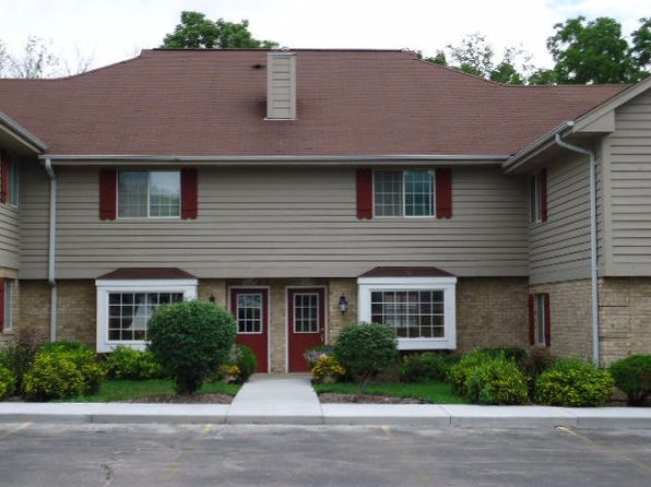 1 bed 2 bath Condo at N87W16422 Appleton Ave Menomonee Falls, WI, 53051 is for sale at 180k - 1 of 14