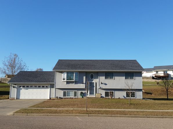 4 bed 2 bath Single Family at 132 Thomas Rd Reedsburg, WI, 53959 is for sale at 180k - 1 of 30