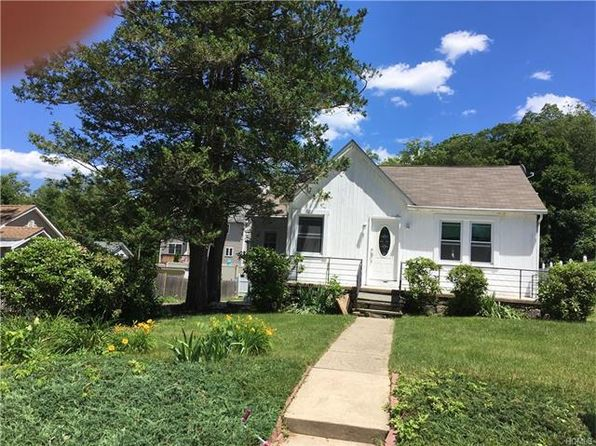 3 bed 2 bath Single Family at 3196 Hollywood St Mohegan Lake, NY, 10547 is for sale at 300k - 1 of 30